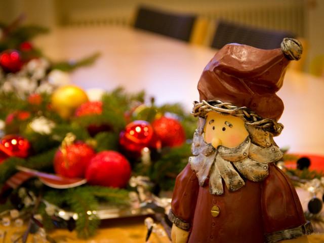Lone Santa…