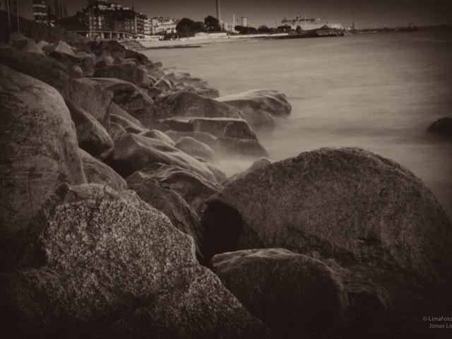 Wet rocks…